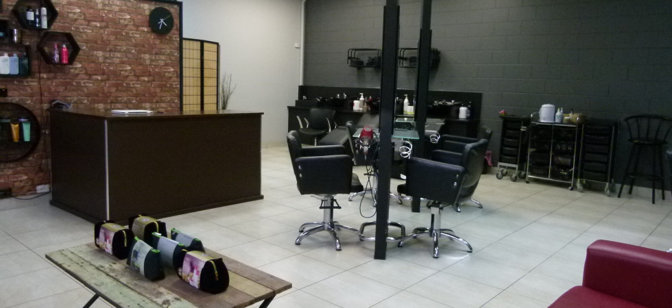 Popular Long Established Hair Salon in Kirwan