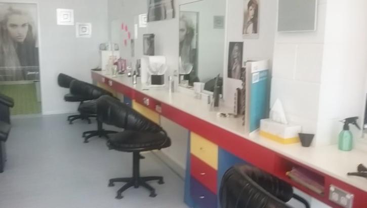 Hair Power chairs & mirrors