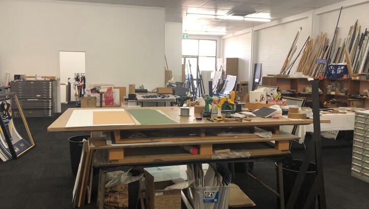 Workroom Tables & Laminator