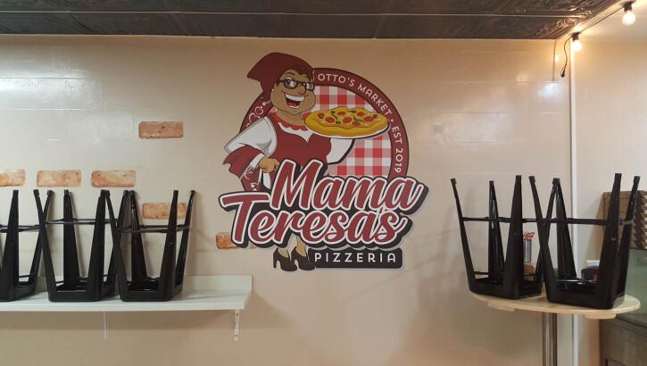 mama-teresas-4